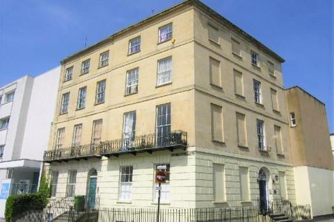 1 bedroom flat to rent - Bath Street, Cheltenham