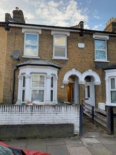 3 bedroom terraced house to rent - Roland Road, Walthamstow