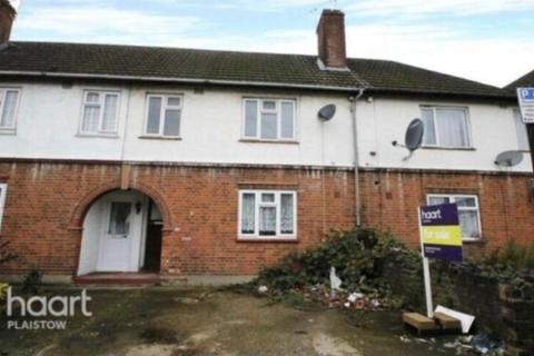 3 bedroom semi-detached house to rent - Three Bedroom House  Plaistow