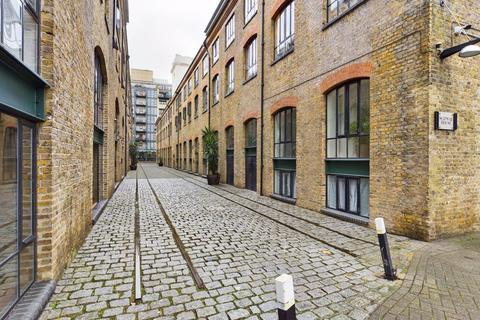 1 bedroom apartment for sale - Docklands E14