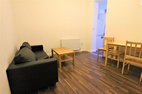 3 bedroom flat to rent - Whittington Road, Bounds Green N22