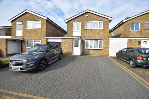 3 bedroom detached house for sale - Redgrave Gardens, Luton