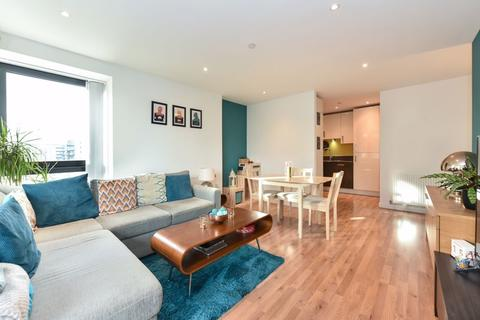 2 bedroom apartment for sale - Horizon Tower, Yabsley Street, London, E14